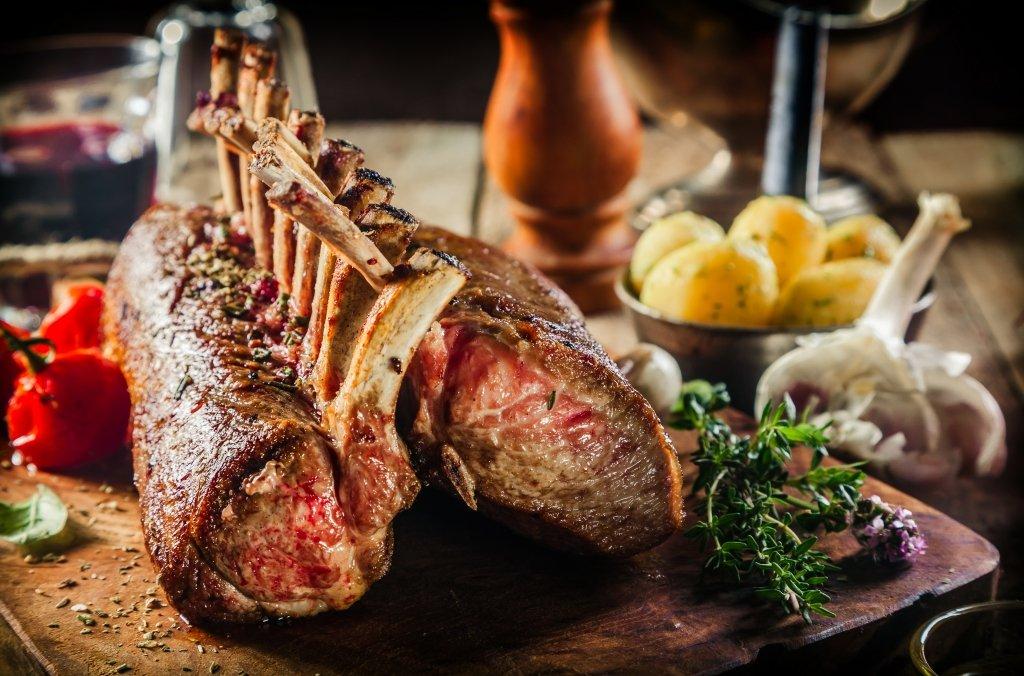 roast lamb to pair with red rioja wine