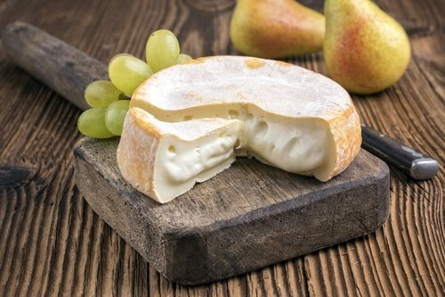 Cheese to pair with Meursault wine