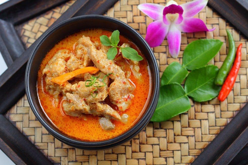 thai dish to pair with gewurzt