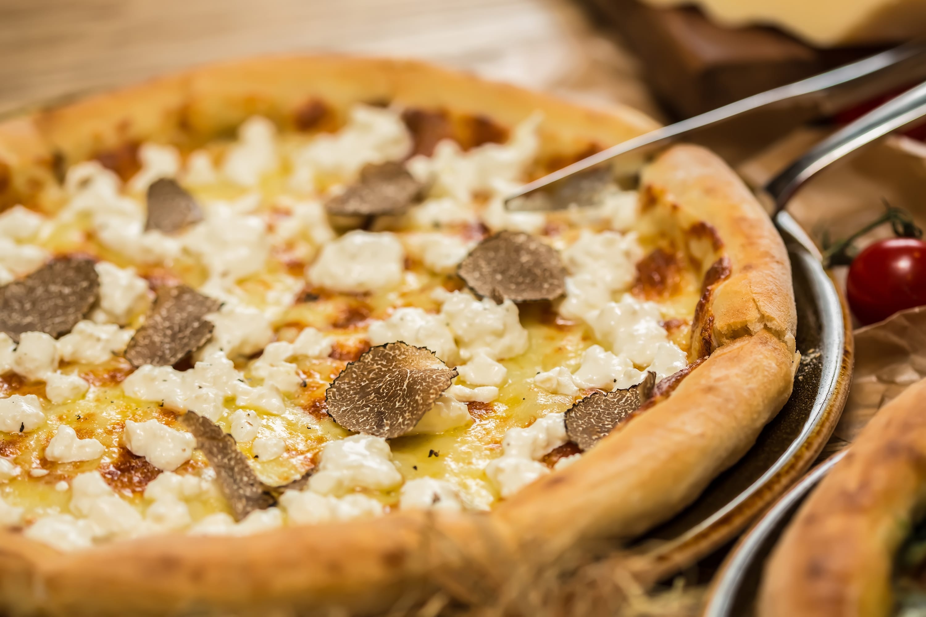 truffle pizza wine